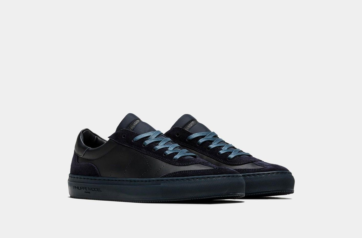 c76dadfb53 -50% PHILIPPE MODEL BELLEVILLE PELLE BLU | Outlet Firme Uomo Sneakers |  Shop Online: Boutique Irene & Mario