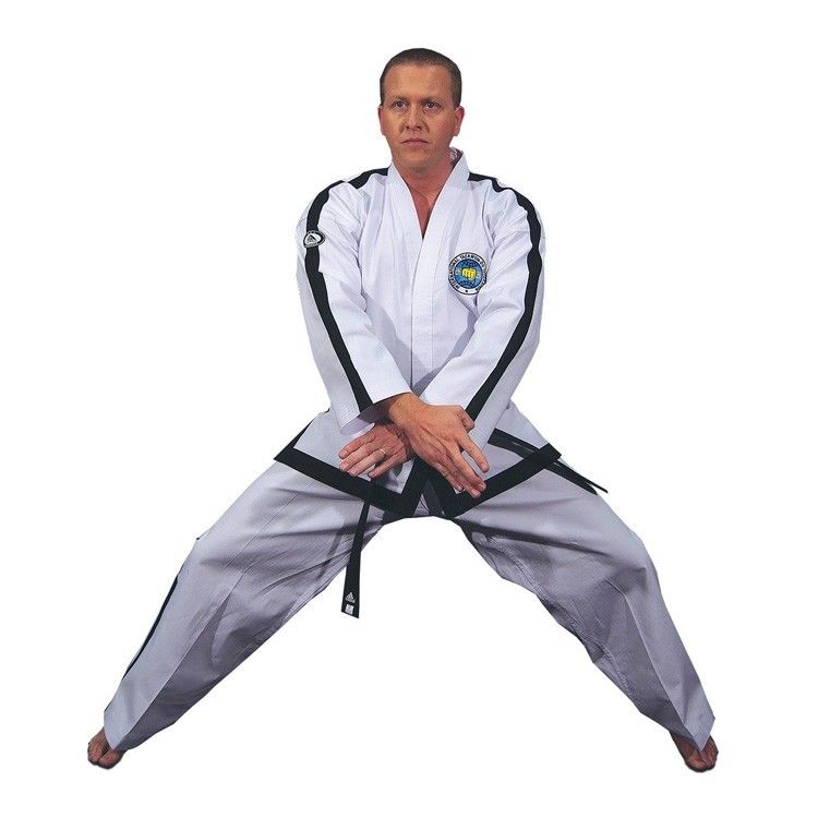 Top Pro - Dobok Ultra Master con logo Tradizionale