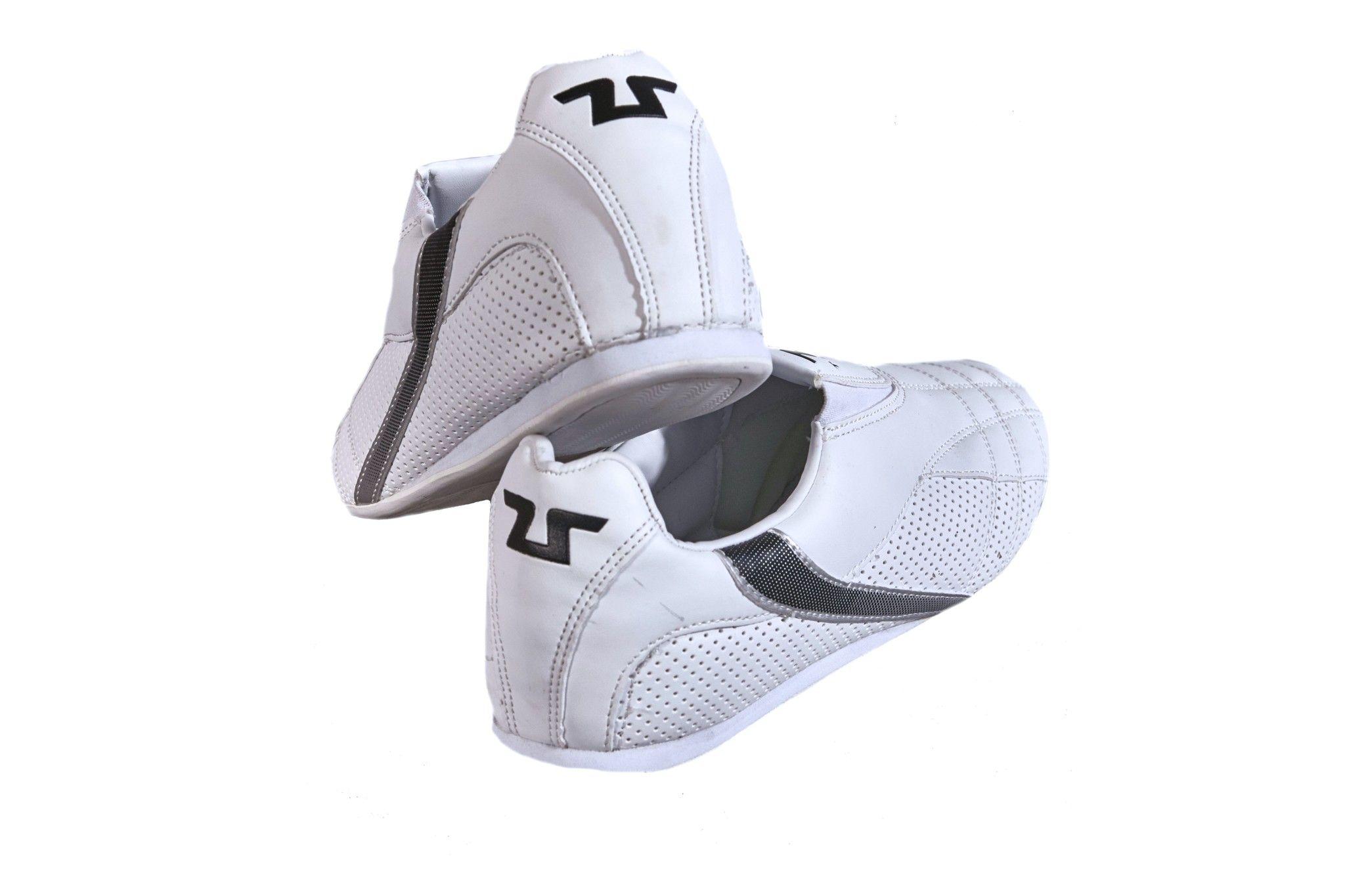 new concept 86011 4edd9 Tusah - Scarpetta Training per Taekwondo, Karate ed Arti Marziali made in  Corea ideale per