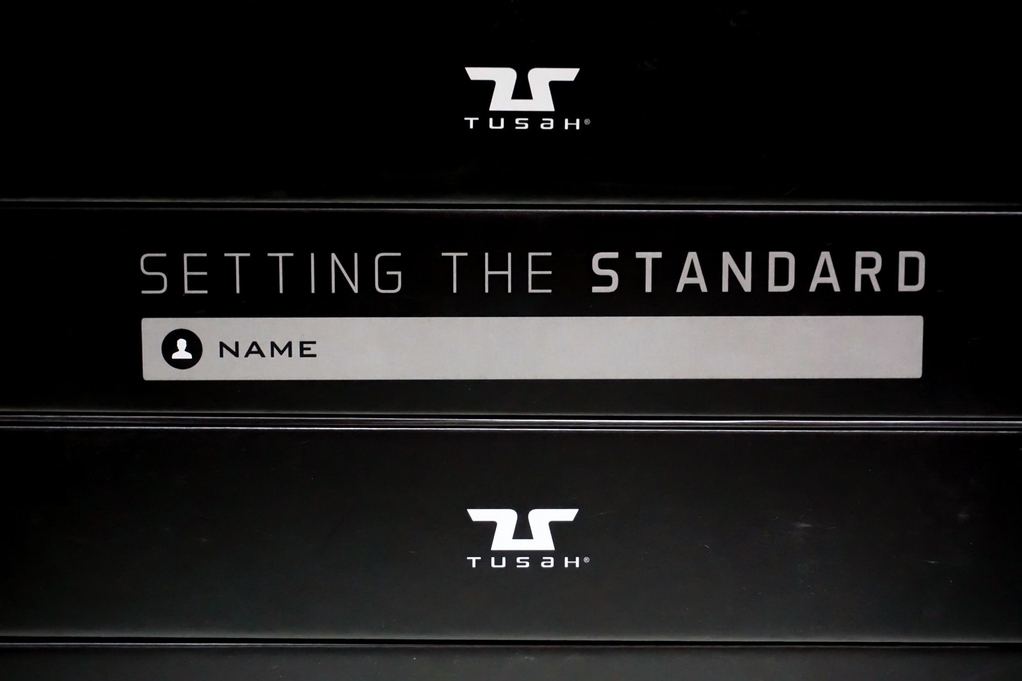 Tusah - Cintura Nera per Taekwondo Karate e Judo con custodia Magnetica 100% Cotone di alta qualità