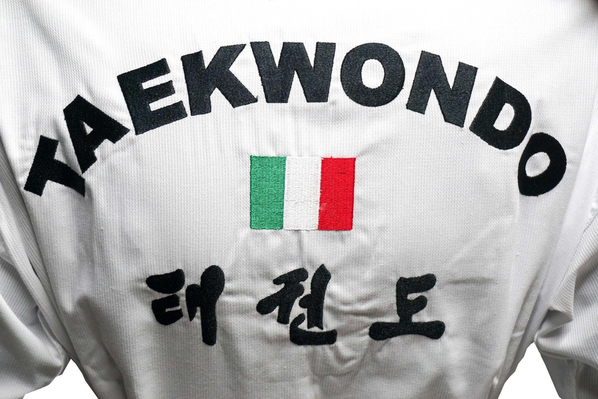 Top Pro - Dobok per Taekwondo Top Combat collo bianco con Ricamo su schiena  | Prodotti UNIFORMI E DIVISE | Shop Online: TKDSport