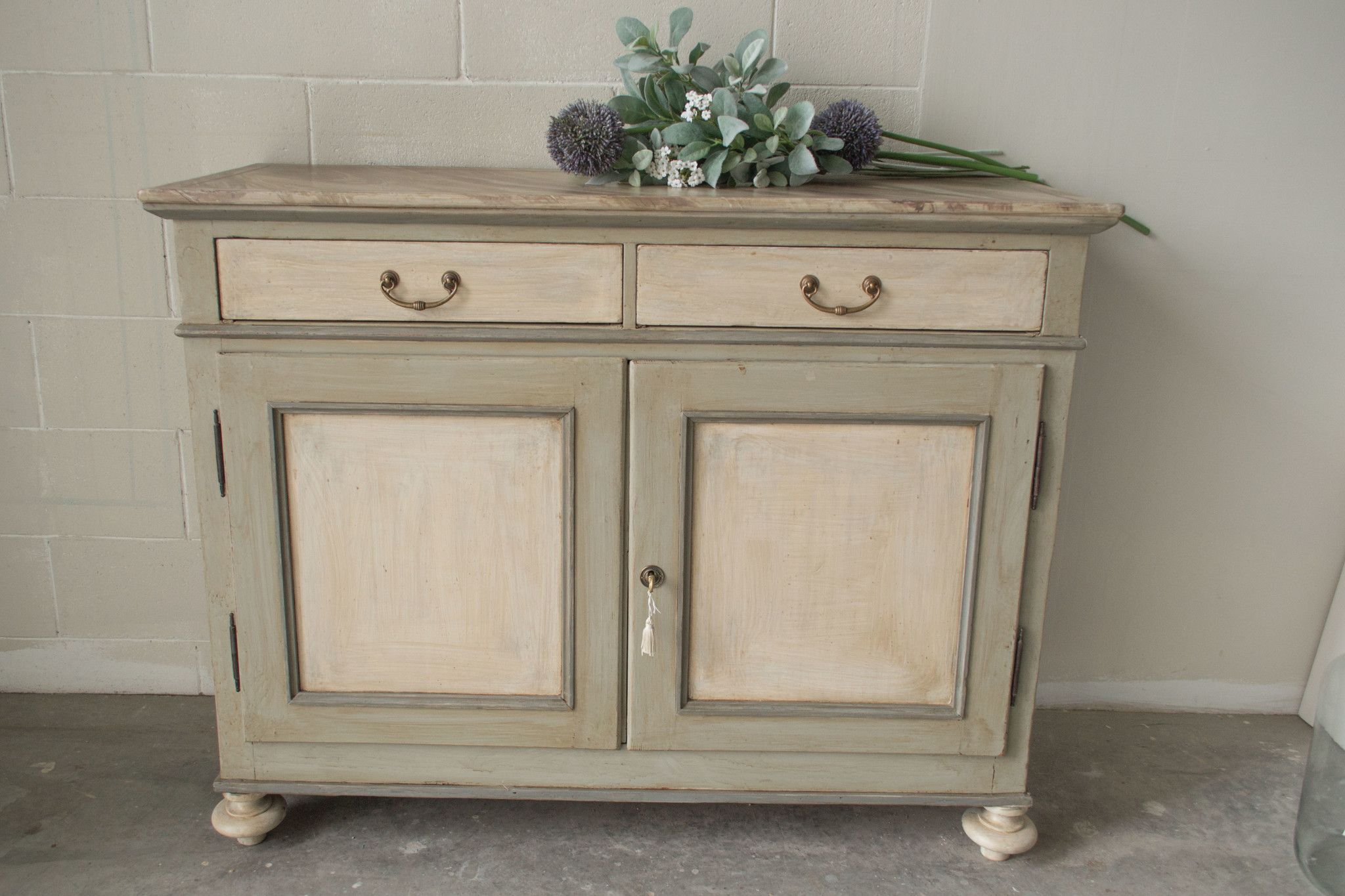 11 credenza decapata buffet 39 900 mobili shop online for Mobili decapati