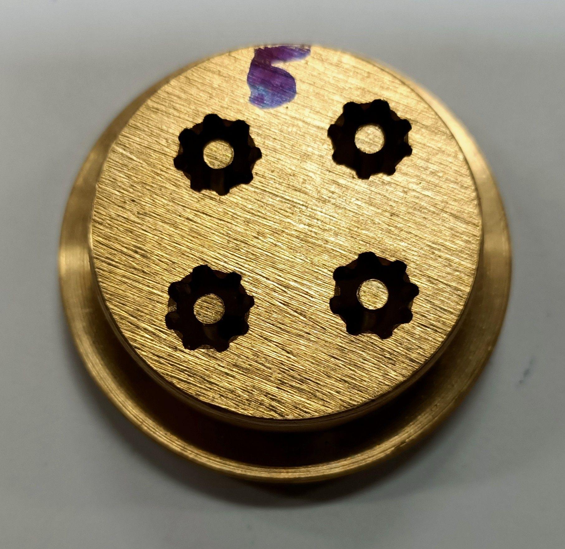 Trafila in ottone per rigatoni/maccheroni per torchio n 5