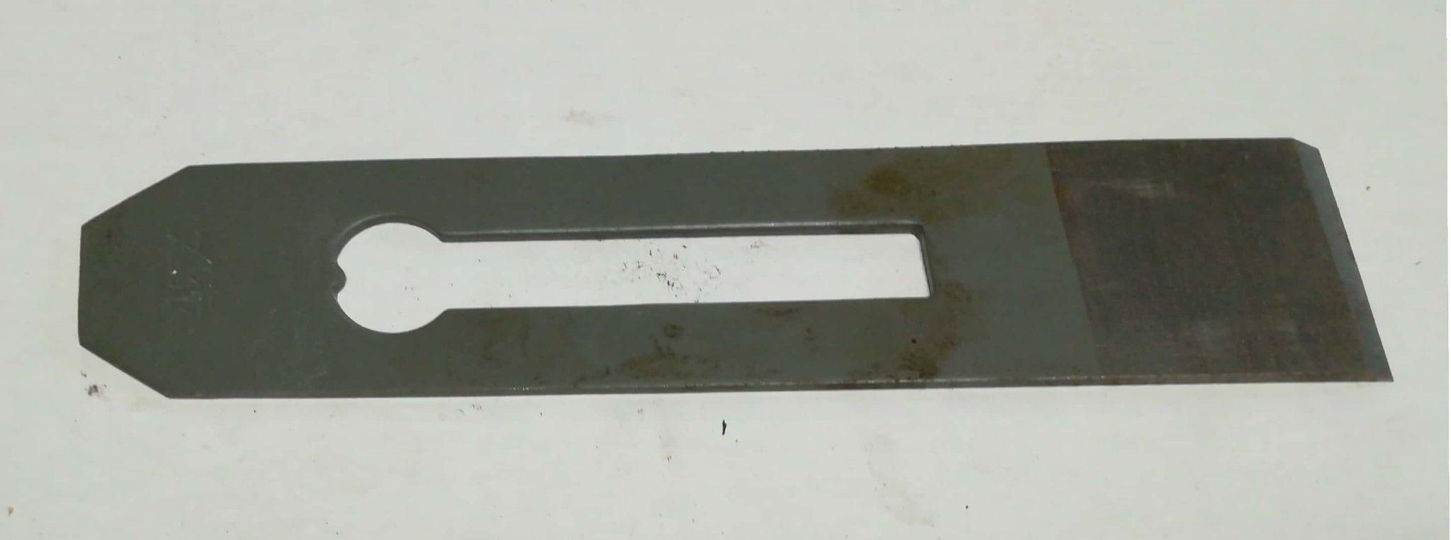 Ferro semplice per pialla forato mm 42