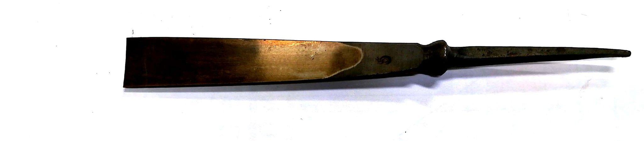 Sgorbia da intaglio legno figura 5 mm 8 STUBAI