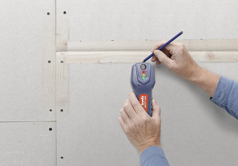 Rivelatore per corrente, metallo e legno KWB  011620
