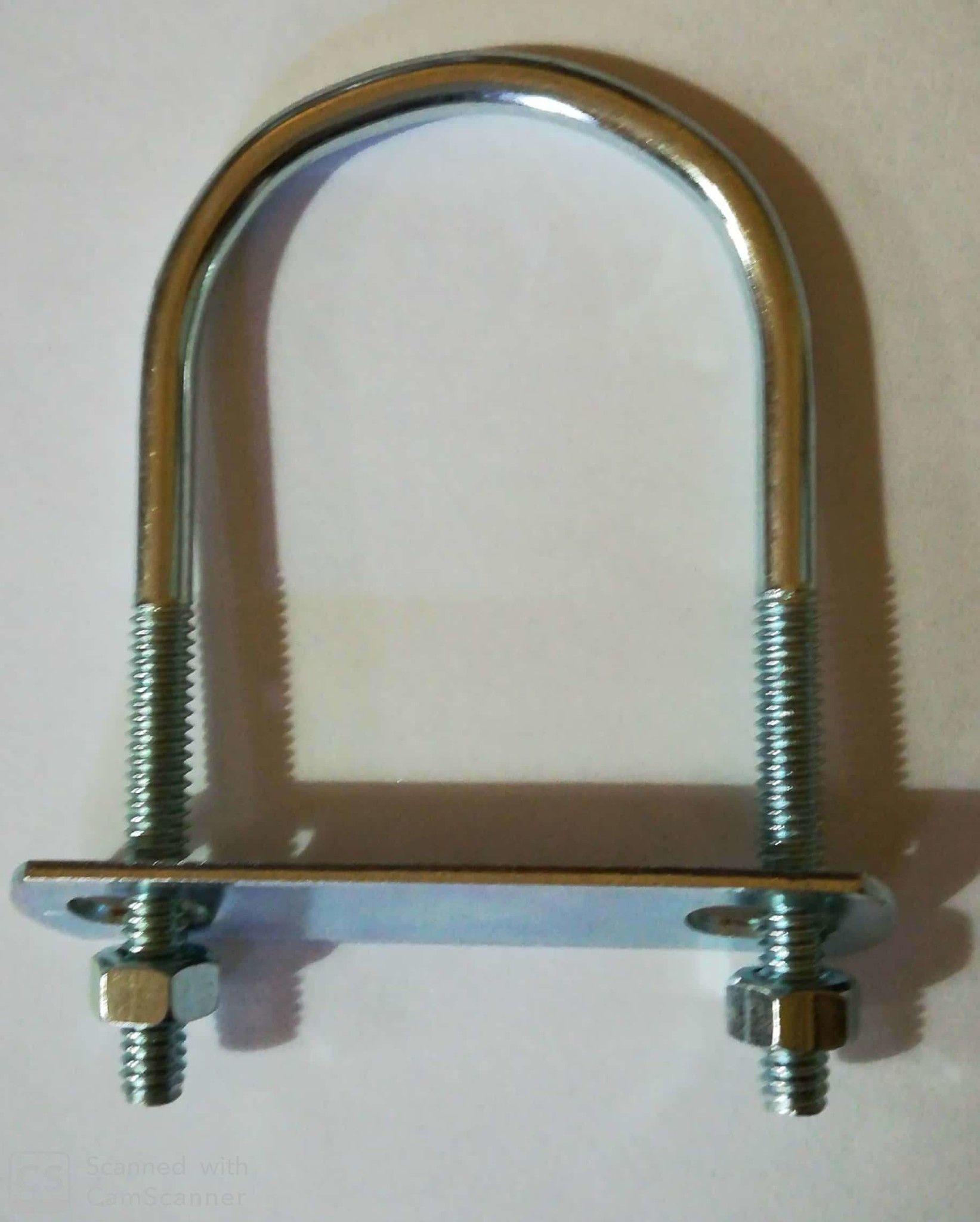 Cavallotto tondo mm 5,4 x 88 con piastra e dadi in ferro zincato