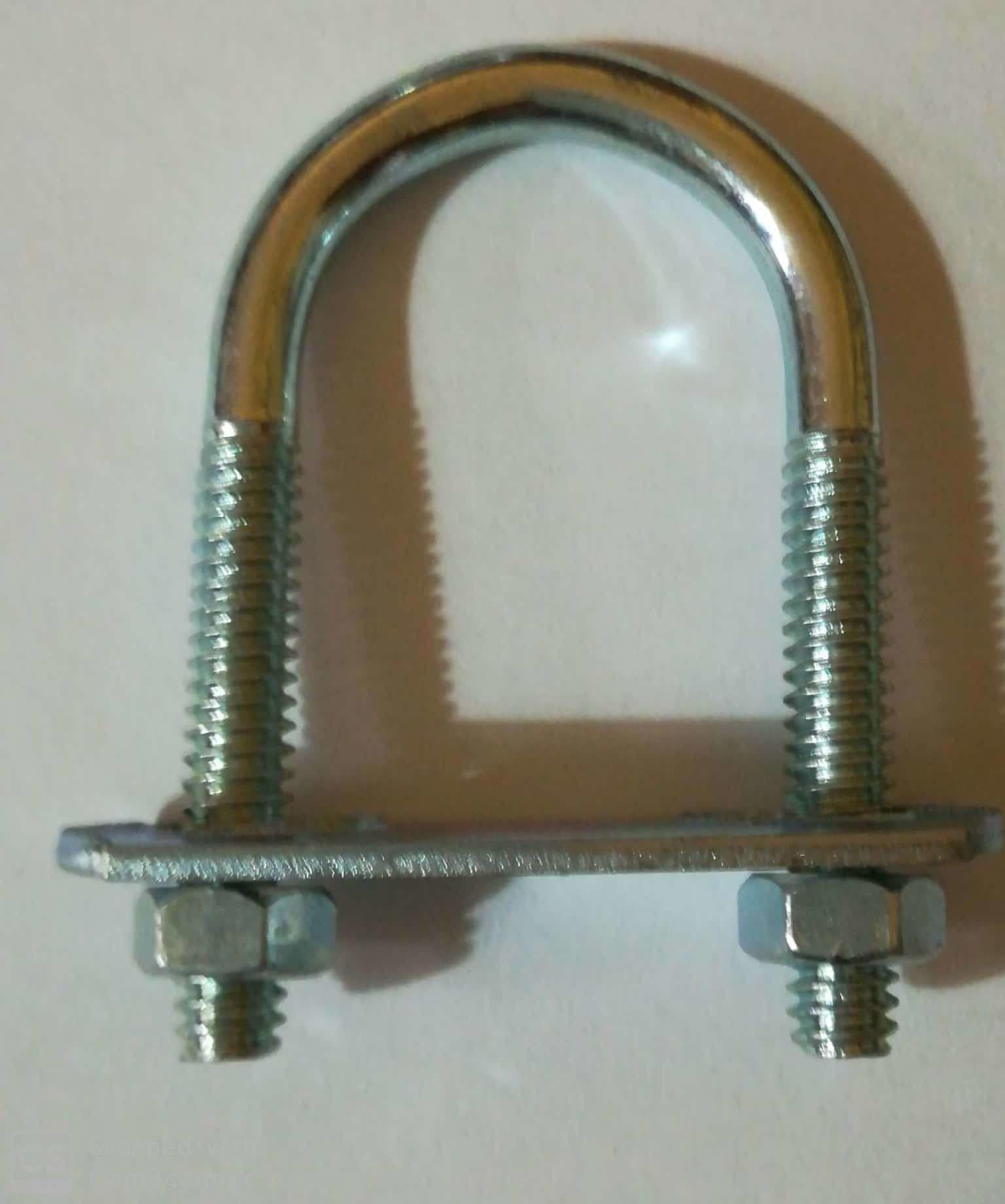 Cavallotto tondo mm 5,4 x 51 con piastra e dadi in ferro zincato