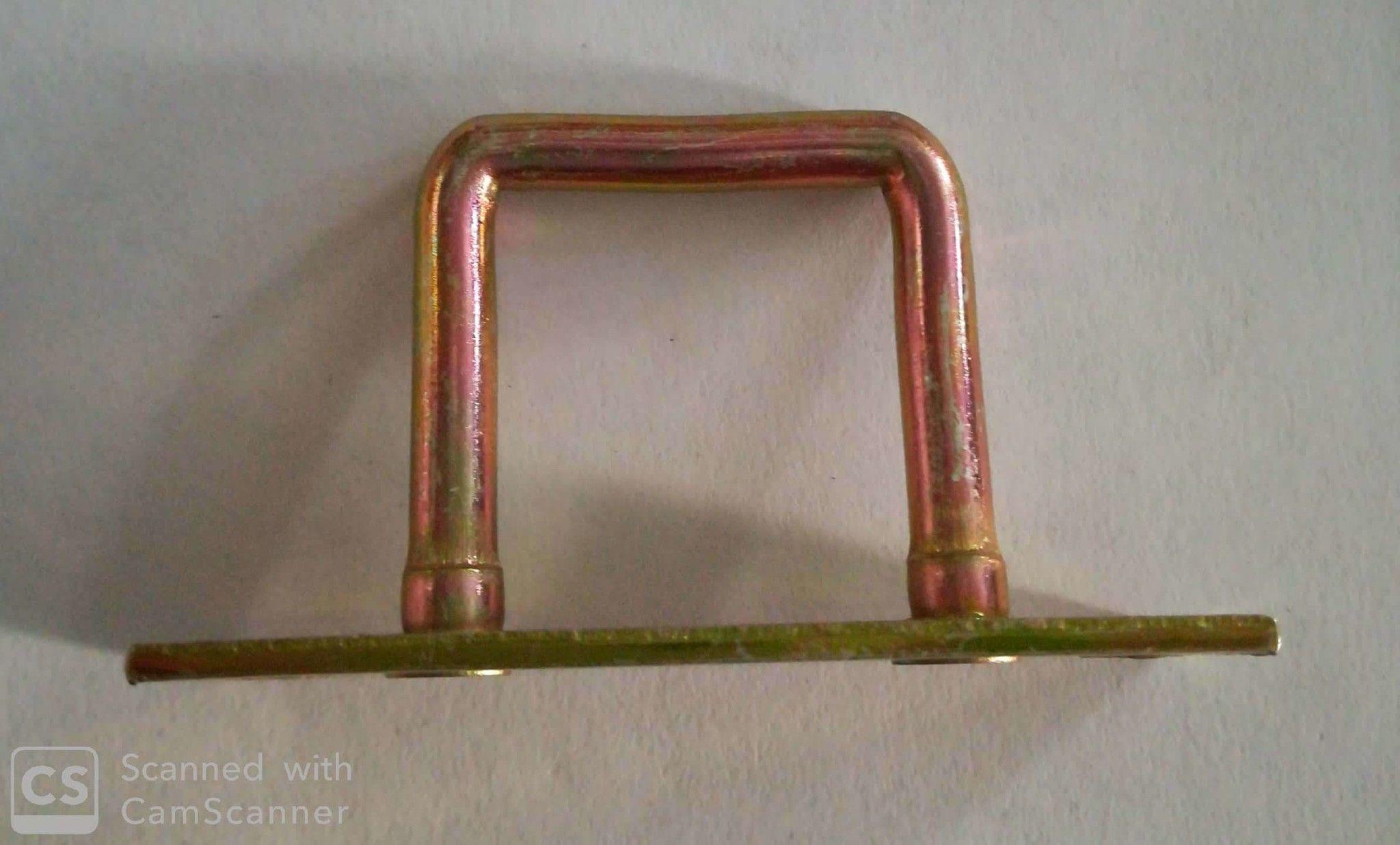 Piastra con cavallotto a maglia rettangolare mm. 25x27