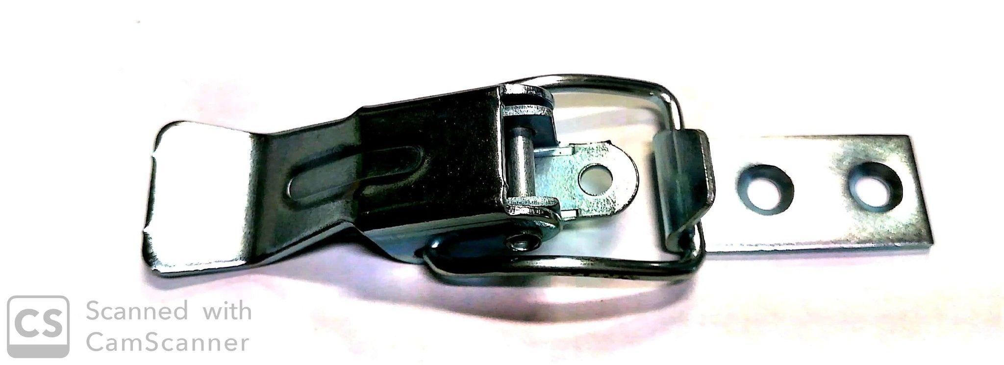 Chiusura a leva tipo P in ferro zincato