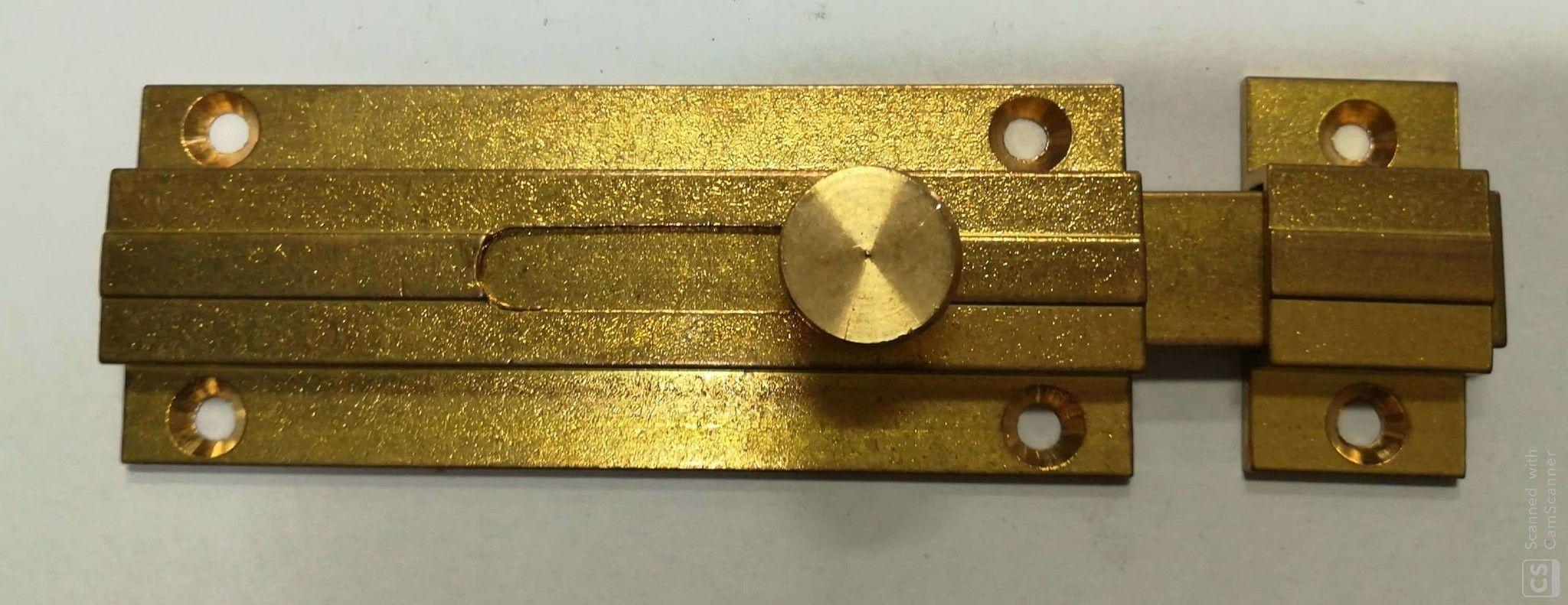 Catenaccio sagomato piatto mm  80 in ottone base 31 mm