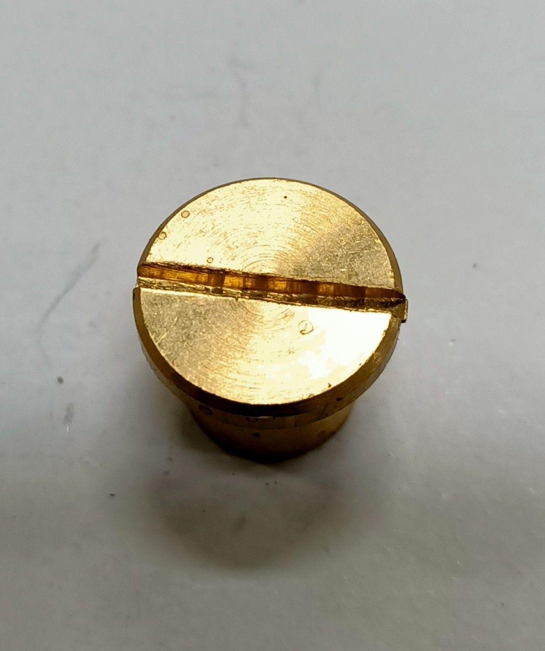 Dado cieco ottone cilindrico filetto mm  8 testa piana taglio cacciavite
