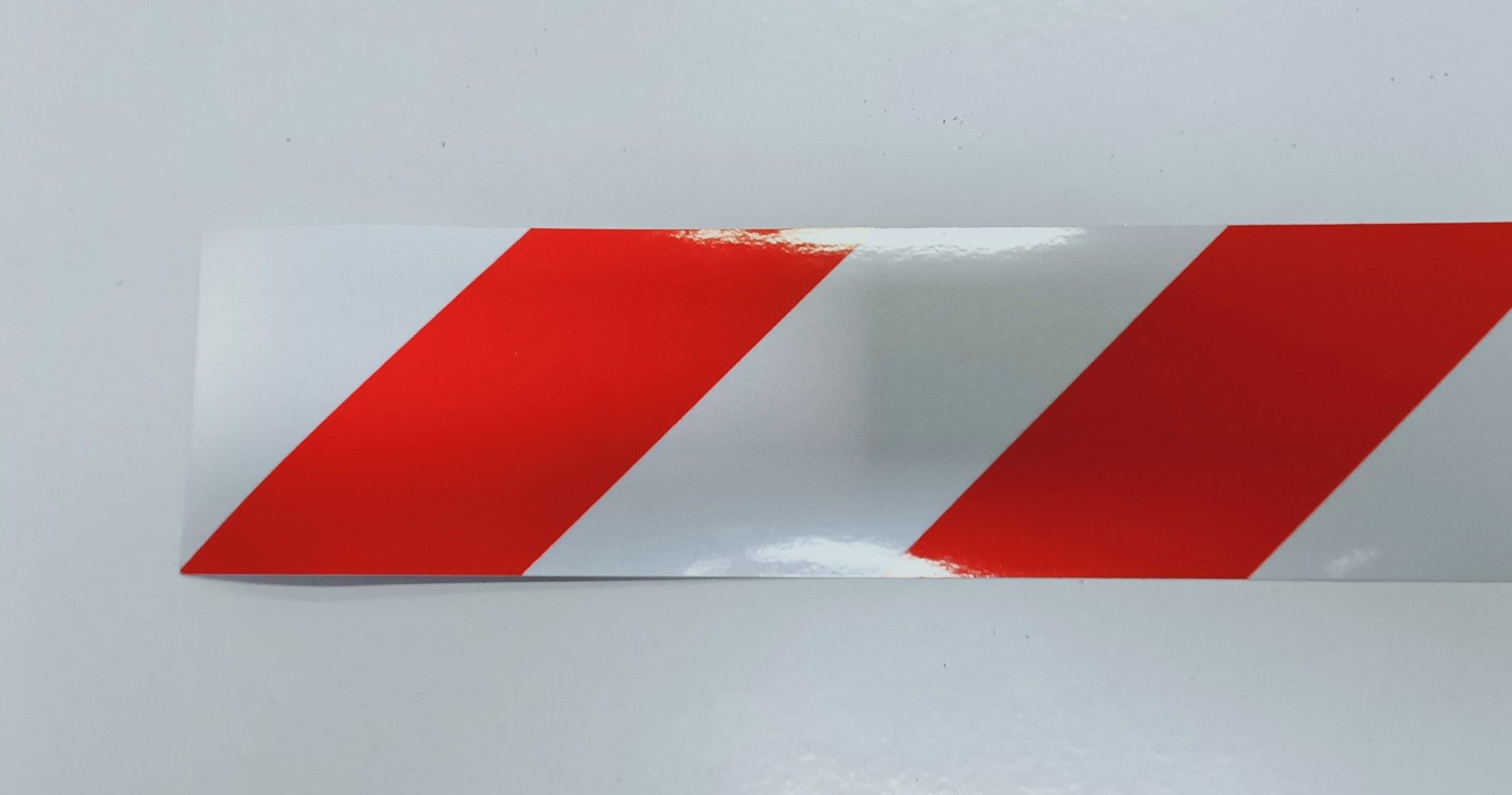 Nastro retroriflettente adesivo bianco/rosso cm 100 x 10 DM 7209