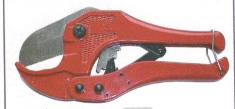Cesoia tagliatubi a cricco per tubi plastica finoa a mm 40 BGS1902