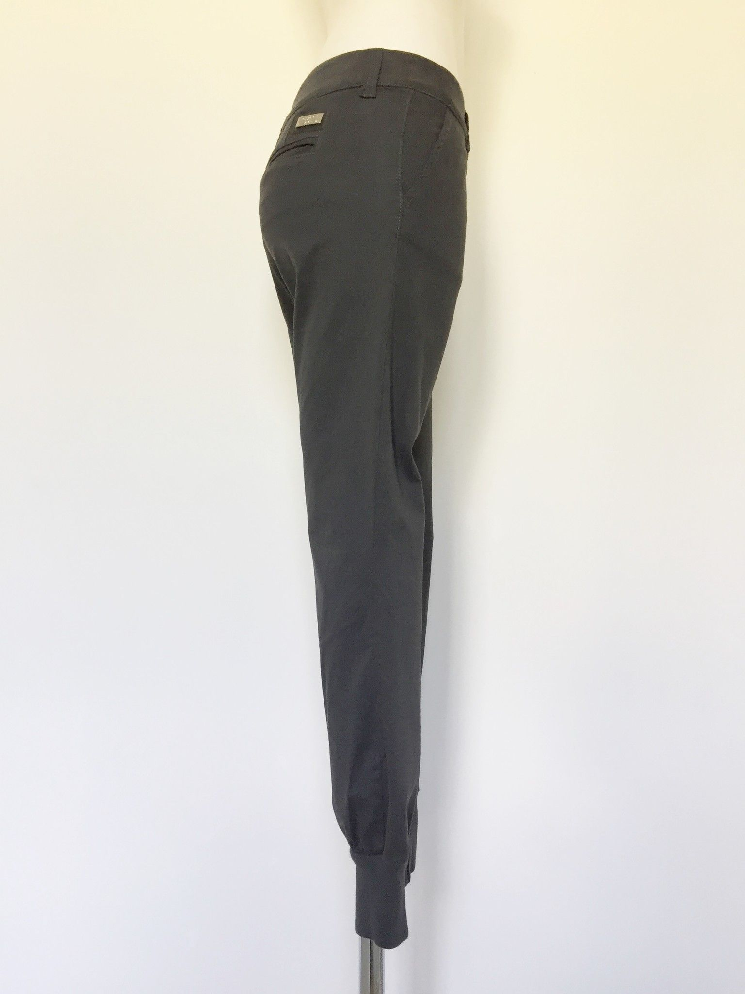 Qzee Sports Pants with Ankle Fabric Strap Cod.fly12