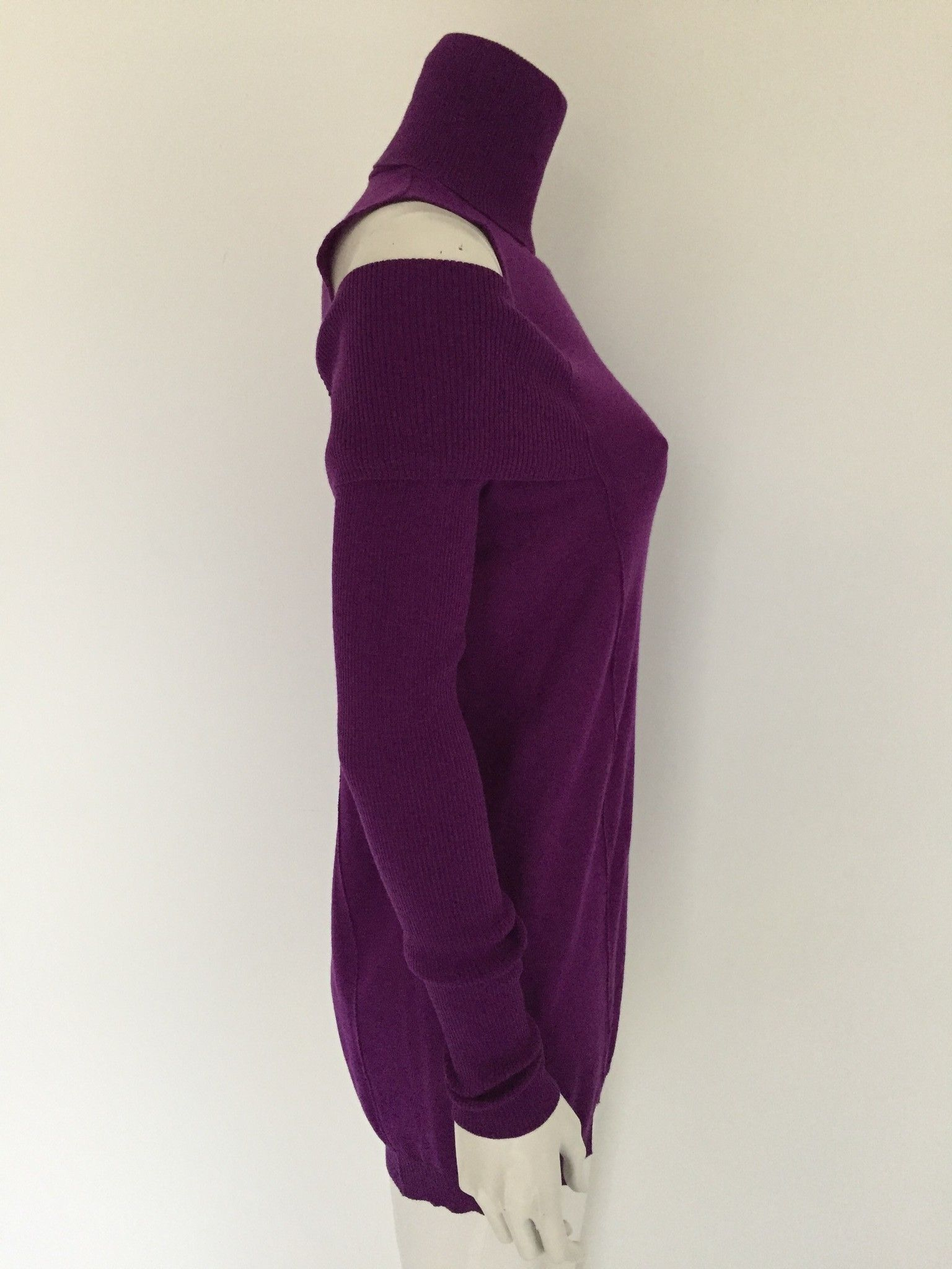 Space Long Polo Neck with Off-the-Shoulder Cod.100WMR