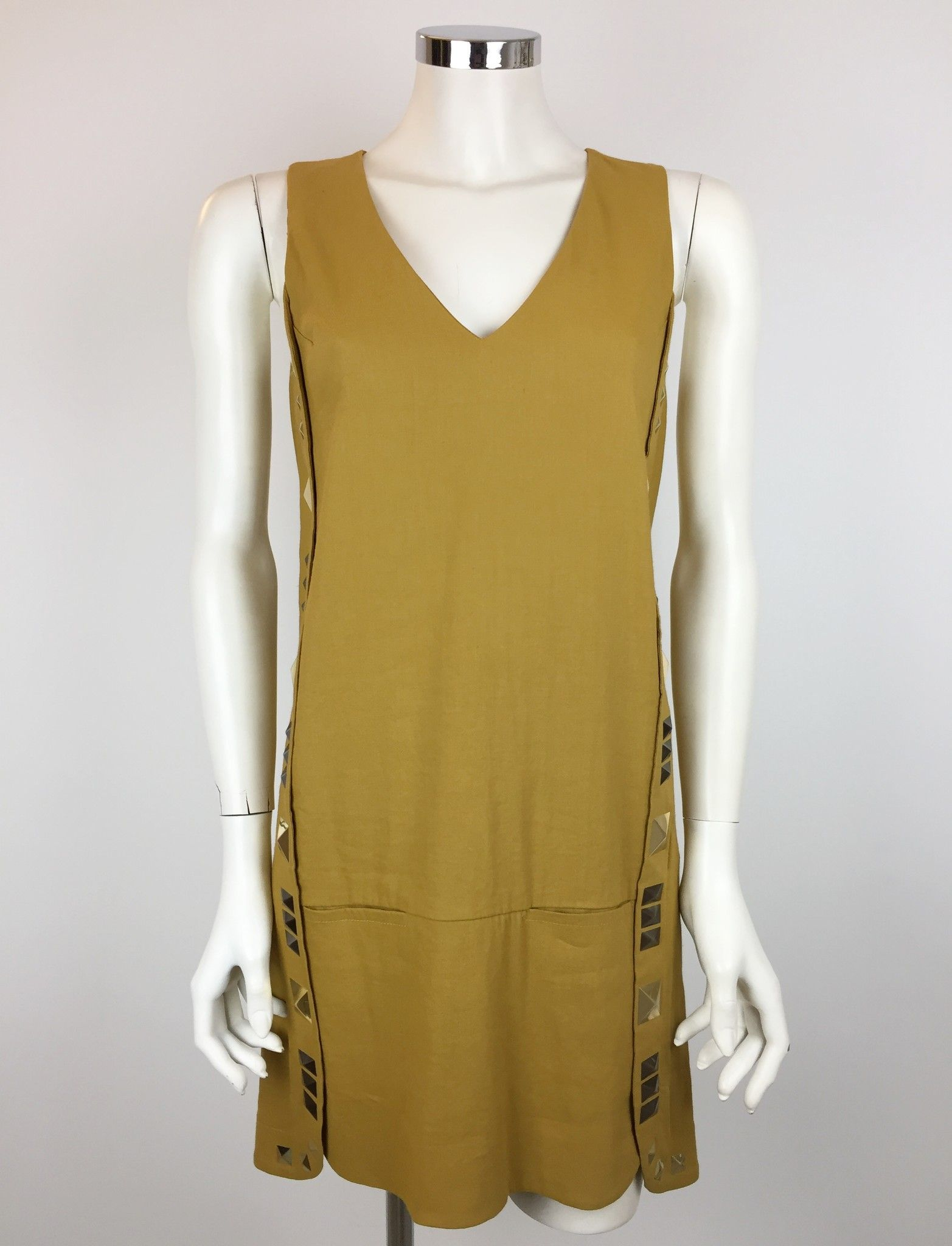 Space V-Neck Dress with Golden Studs Cod.VI3EA