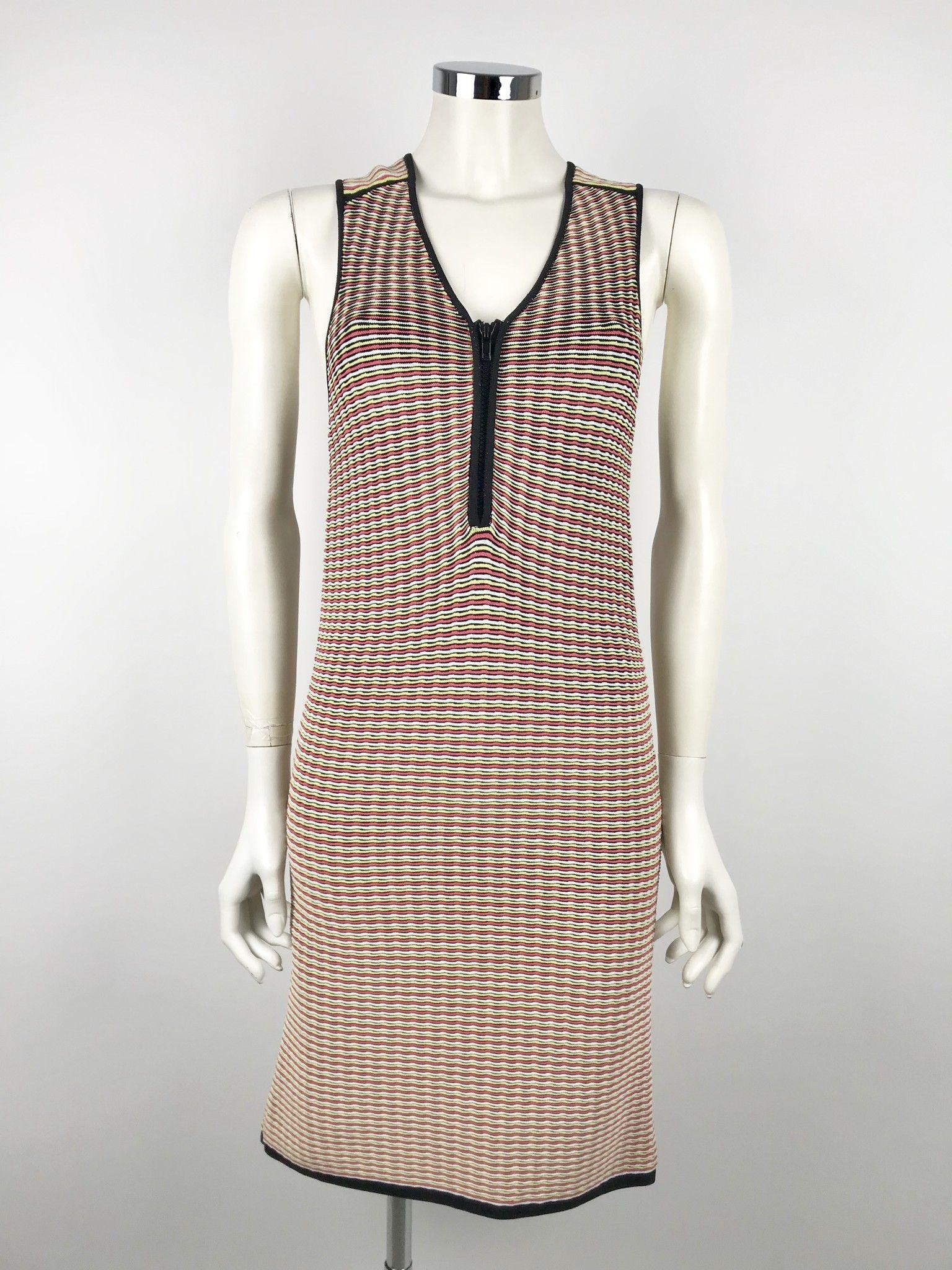 Space V-Neckline Fancy Dress Cod.p13