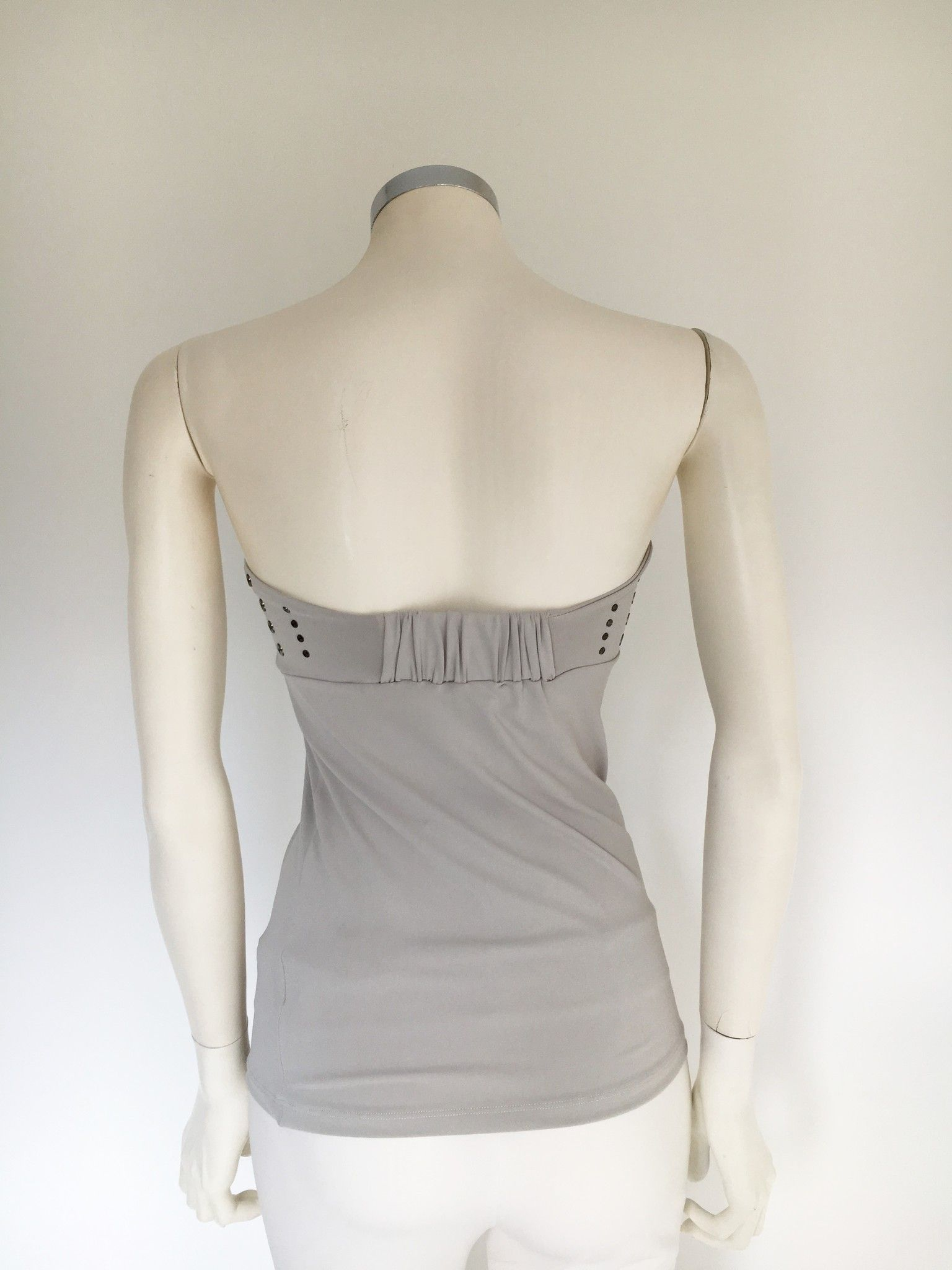 Top Mary Depp Taglio Dritto con Borchie Cod.29297