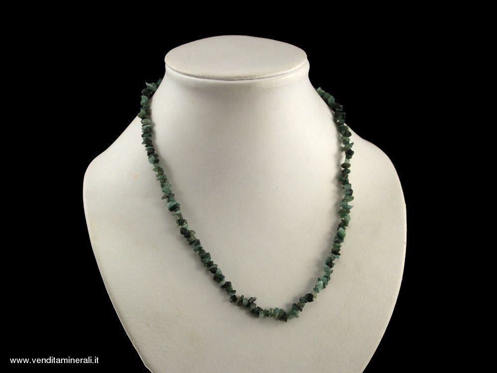 Catena di schegge in smeraldo
