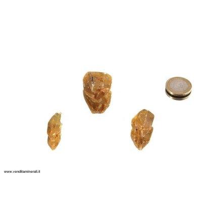 Cristalli di barite gialla singoli
