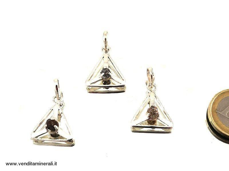 Ciondolo Triangolare con diamante grezzo