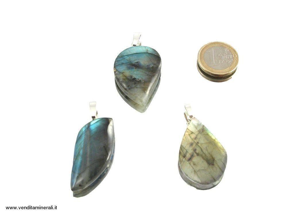 Ciondolo labradorite cabochon in argento 925