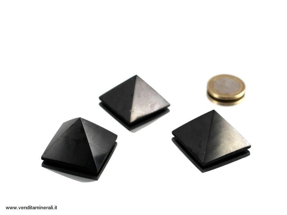 Piramide di shungite 3 cm