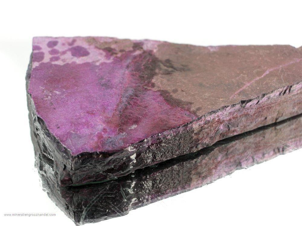 Sugilite pietra rosa