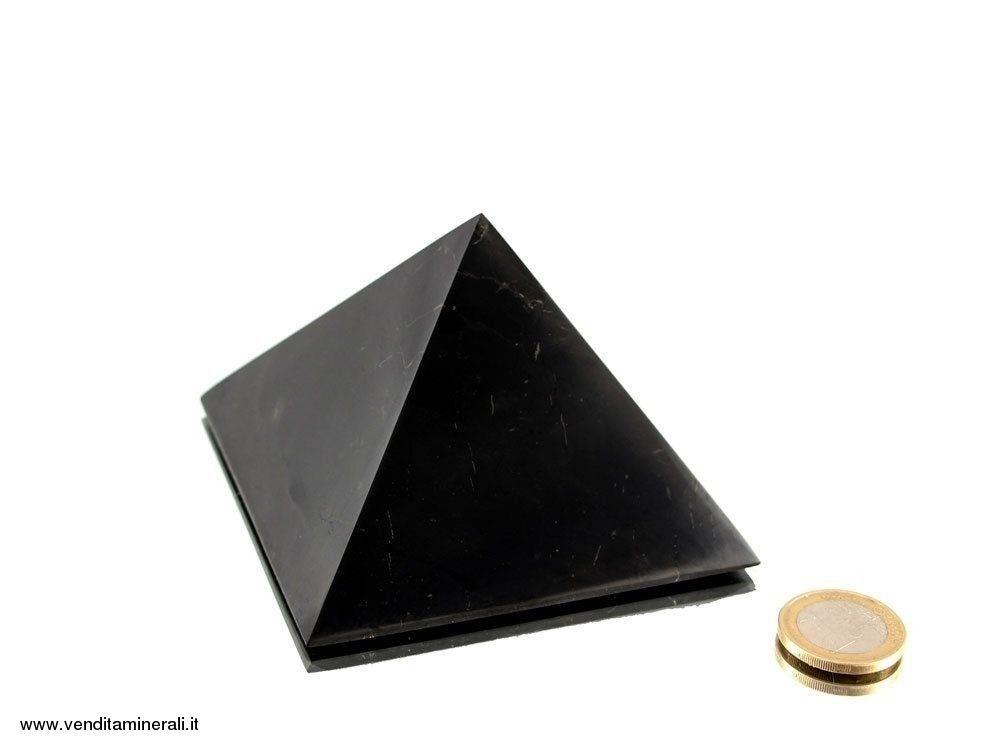 Piramide di shungite 9 cm