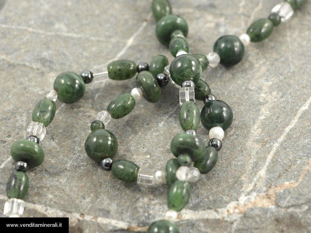 Nefrite con perle e strass