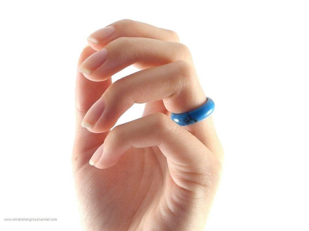 Set di 50 anelli di turchese