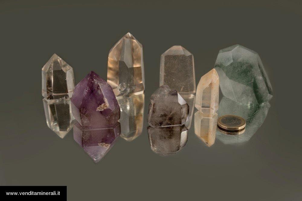 Lotto di 41 pezzi di cristalli di roccia lucidati - Madagascar