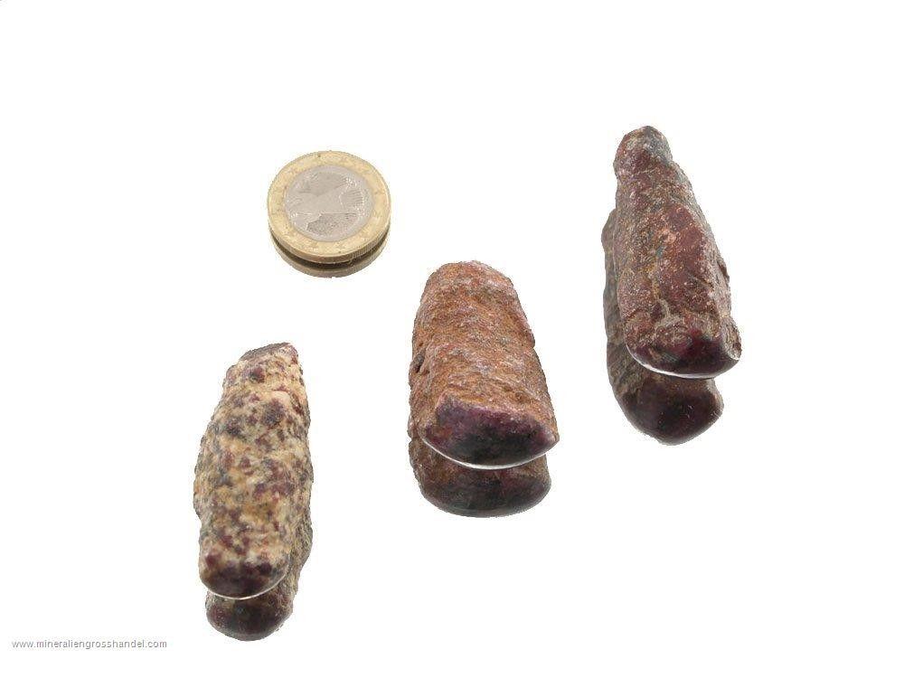 Rubino - pietre ruvide levigate 1 pezzo
