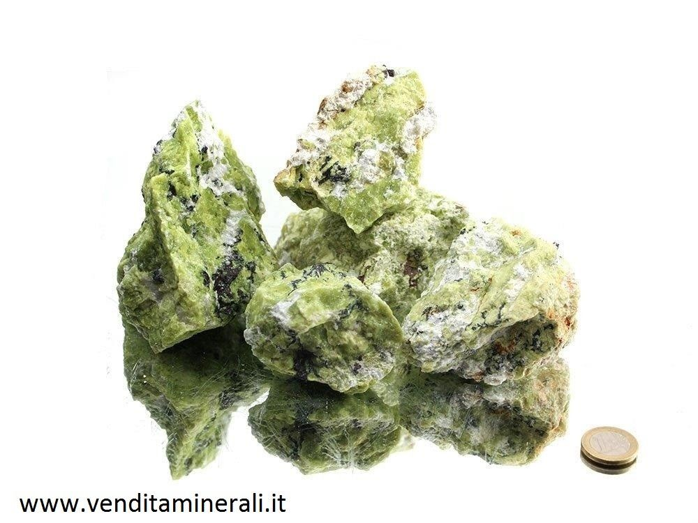 Pietre ruvide di Lizardite (giada norvegese) - 1 kg