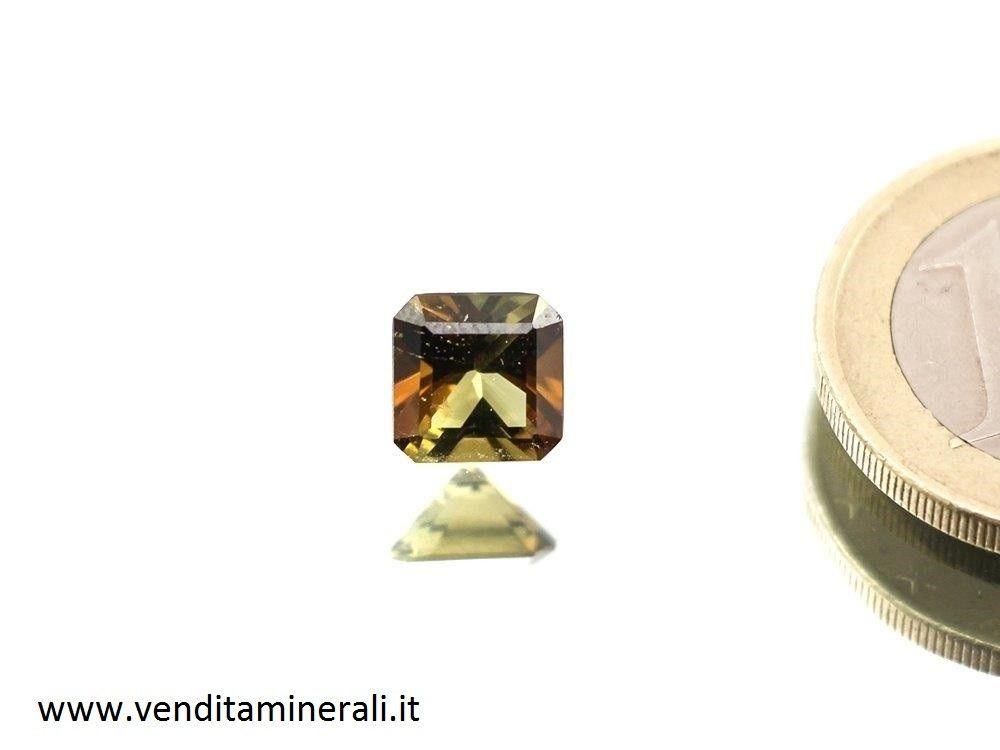 Tormalina marrone / gialla sfaccettata