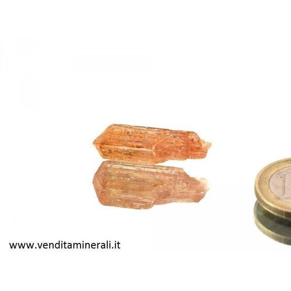 Topazio d'oro a forma di cristallo imperiale.