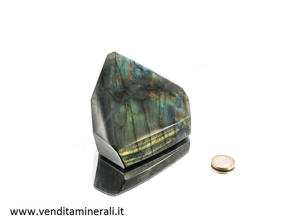 Labradorite - lucida