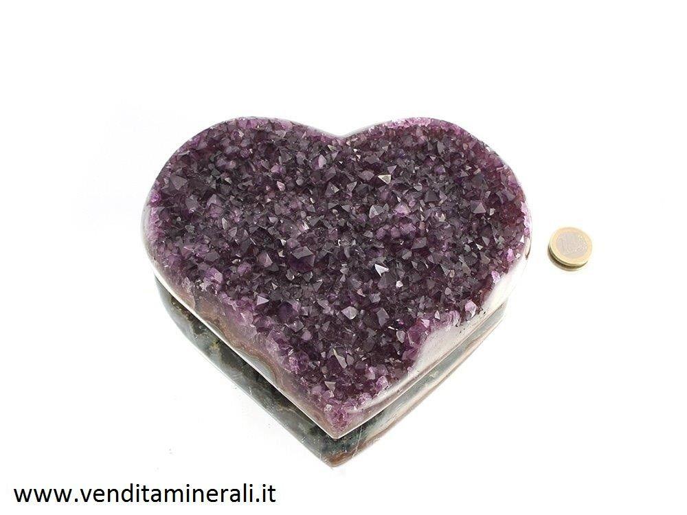 Ametisrta in cristallo a forma di cuore