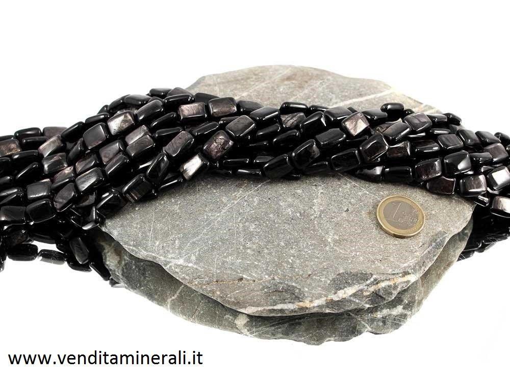 Collana con pietre rettangolari