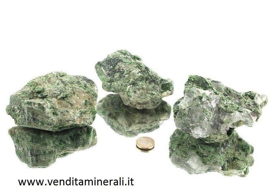 Pietre ruvide di Diopside cromo diopside - 1 Kg