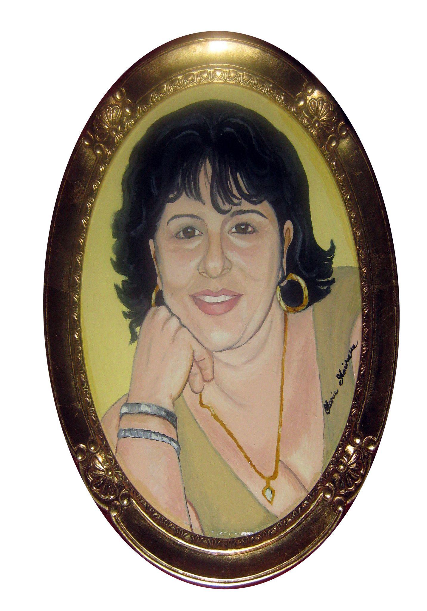 Ritratto di donna ovale