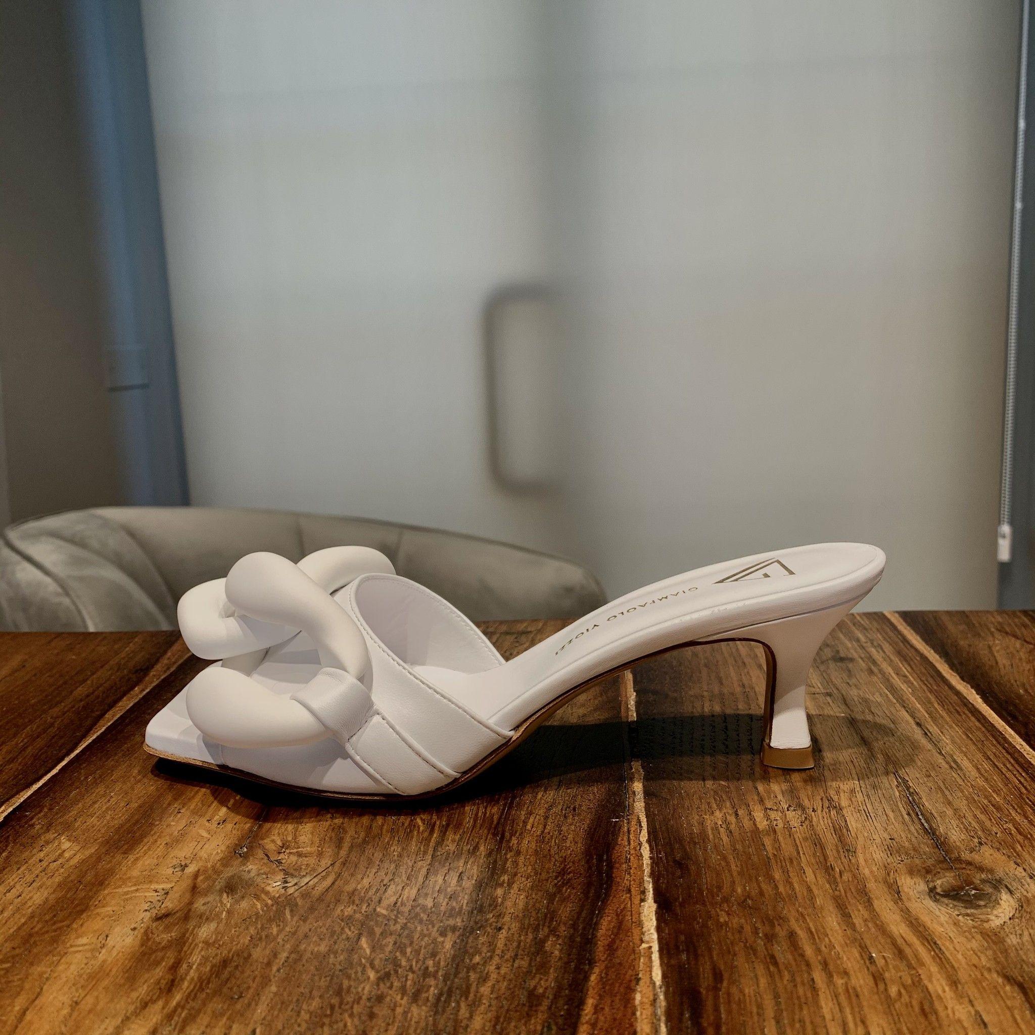 Sandalo bianco LE VIOZZI