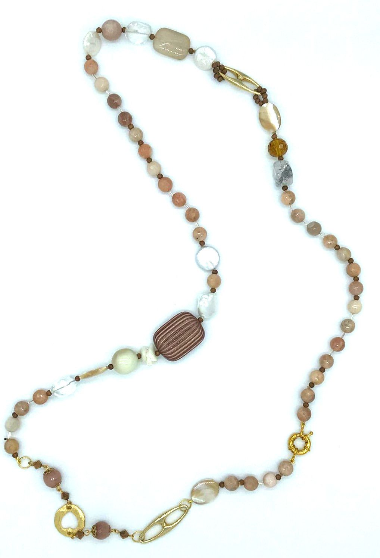 Collana con madreperla cappuccino pietra fossile e perle