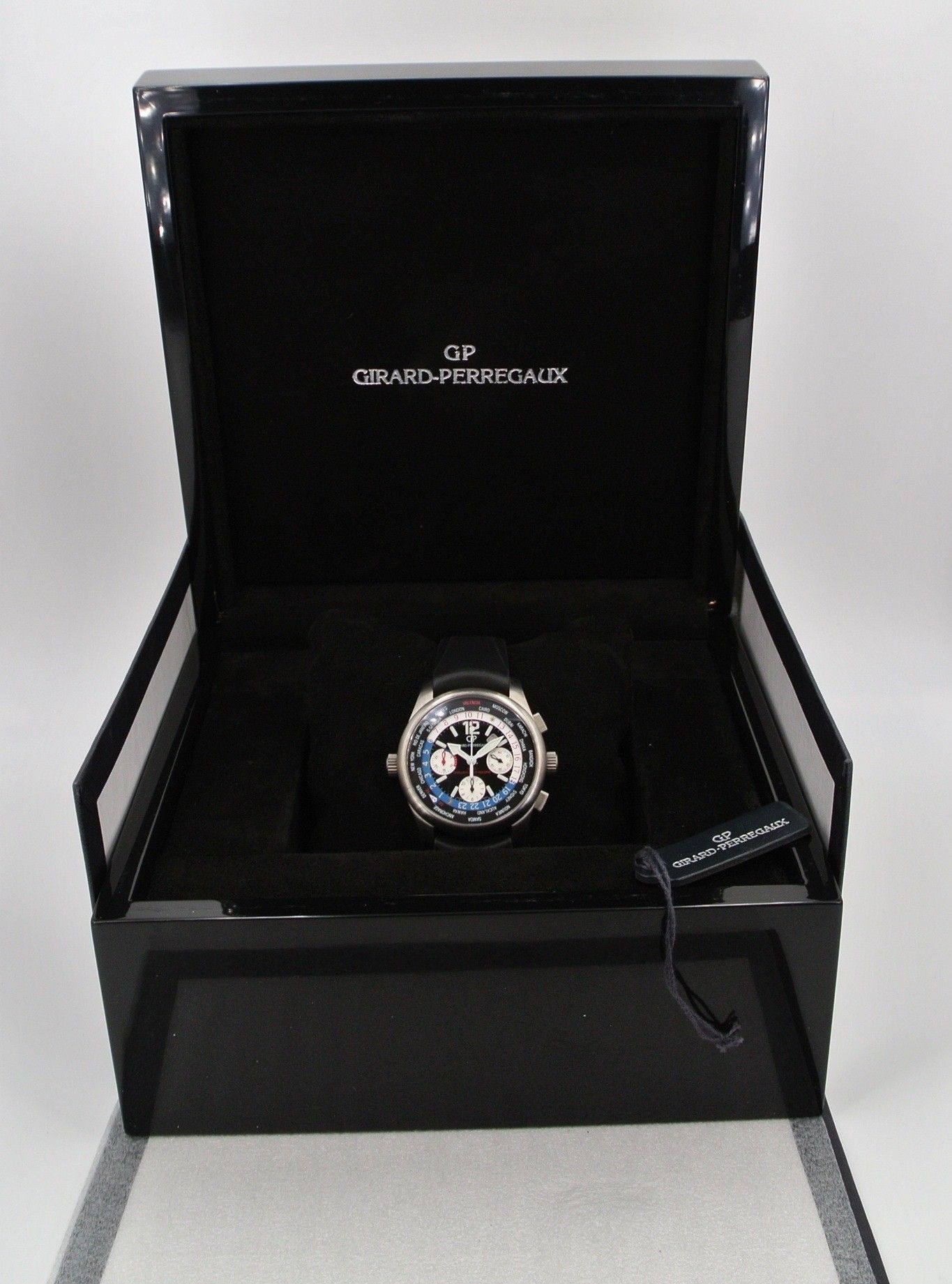 Girard Perregaux WW.TC BMW ORACLE Team Titanio Limited Ed