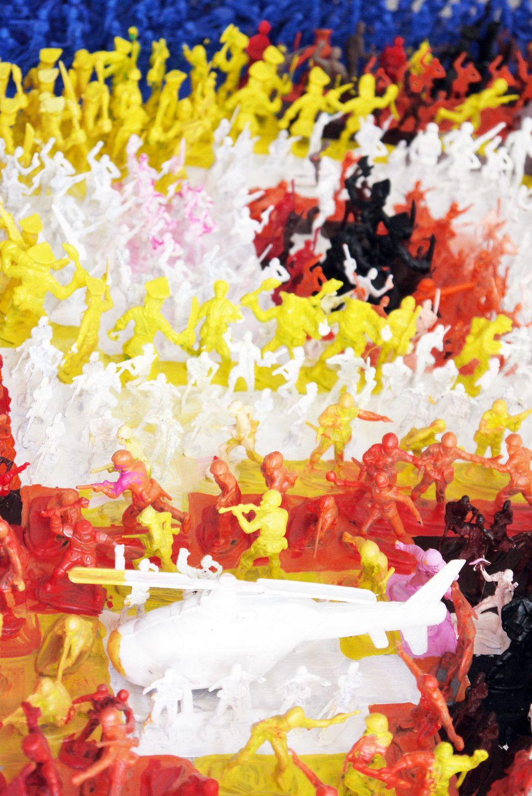 "MIXED MEDIA JORGE CASTRO GOMEZ "" SLAVA UKRAINI ""  dimensioni L 120 x H 120 x P 10 cm."