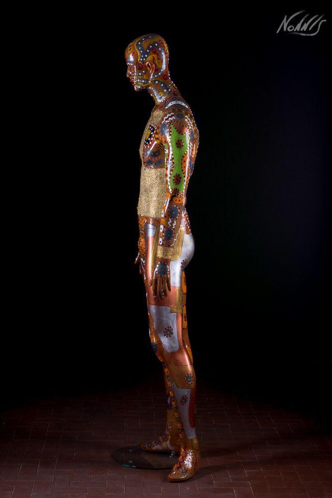 """SCULTURA FRANCO NONNIS """" ALESSANDRO """"  dimensioni L 40 x H 180 x P 40 cm."""