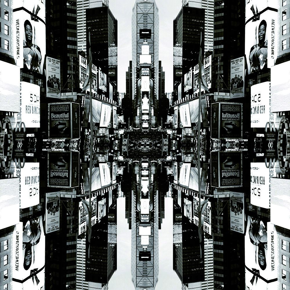 FOTOGRAFIA MAX FALSETTA SPINA ' NEW YORK STUDIO 12 '   dimensioni L 100 x H 100 cm.