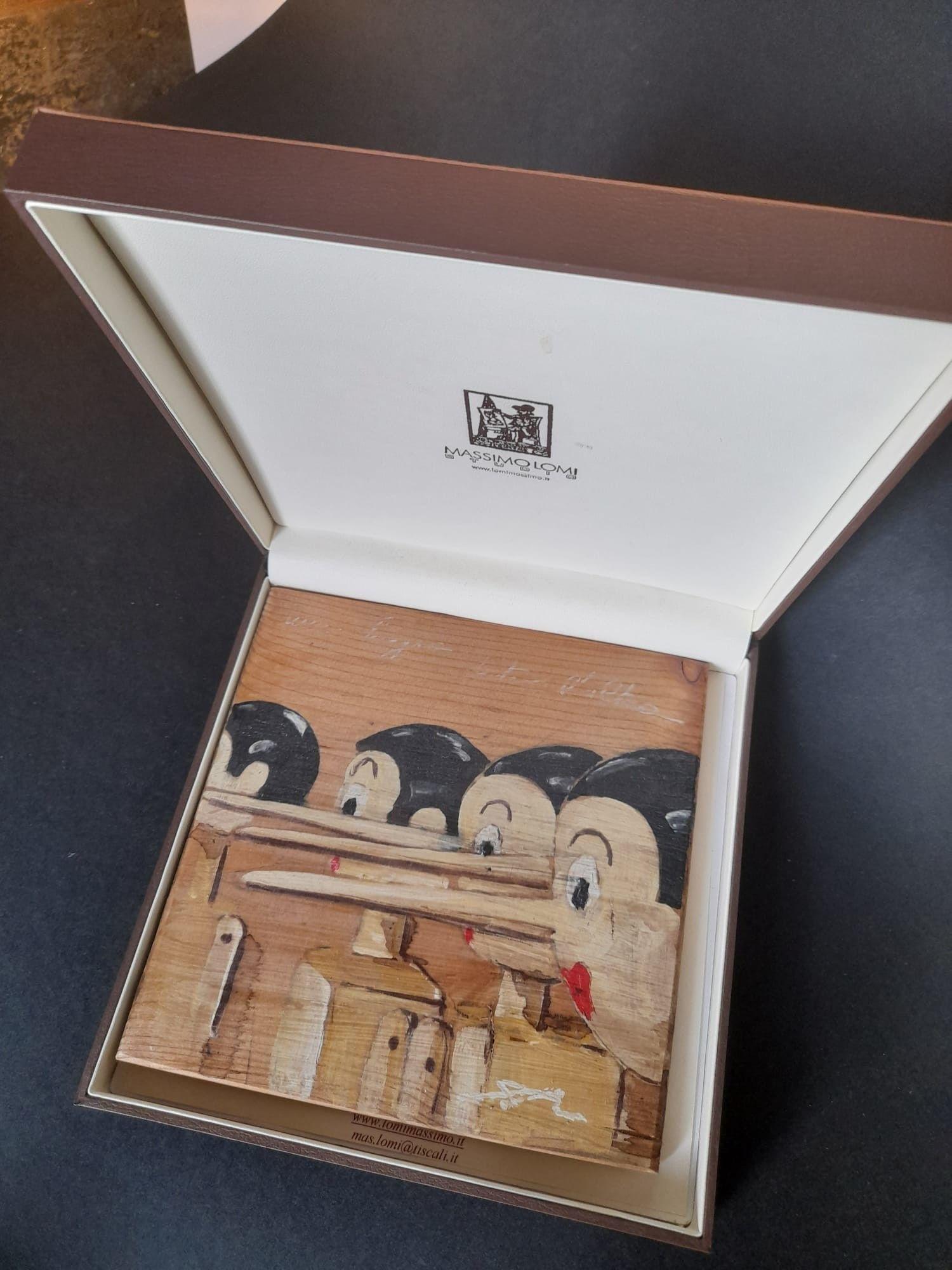 """MASSIMO LOMI """" UNA BUGIA DIETRO L' ALTRA """"  dimensioni L 17 x H 17 cm."""