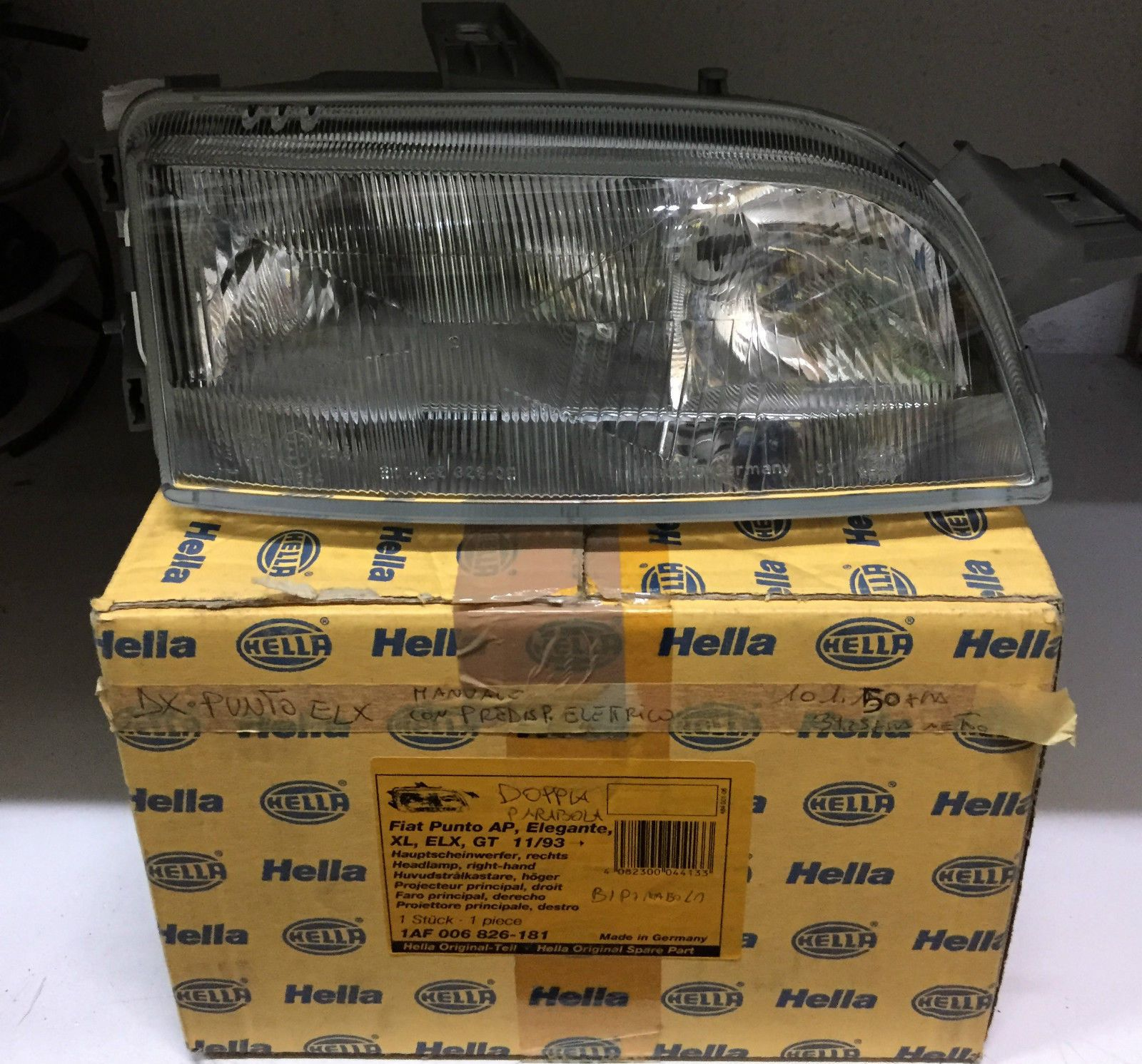 FARO DX 2 LAMP. H1 FIAT  PUNTO COD.HELLA 1AF0036826161